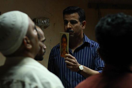 Anurag Kashyap's UGLY to Open, Aparna Sen's GOYNAR BAKSHO to Close New York Indian Film Festival