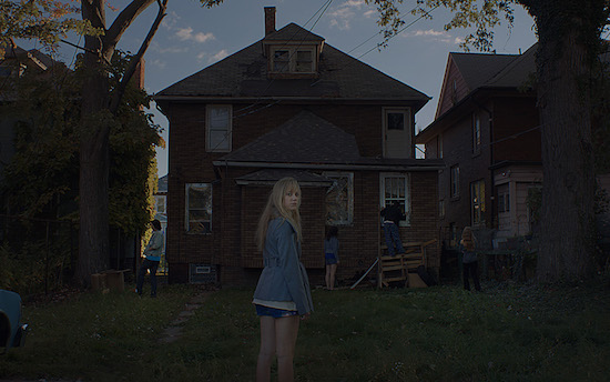 "WATCH Trailer for Indie Horror Film ""It Follows"""