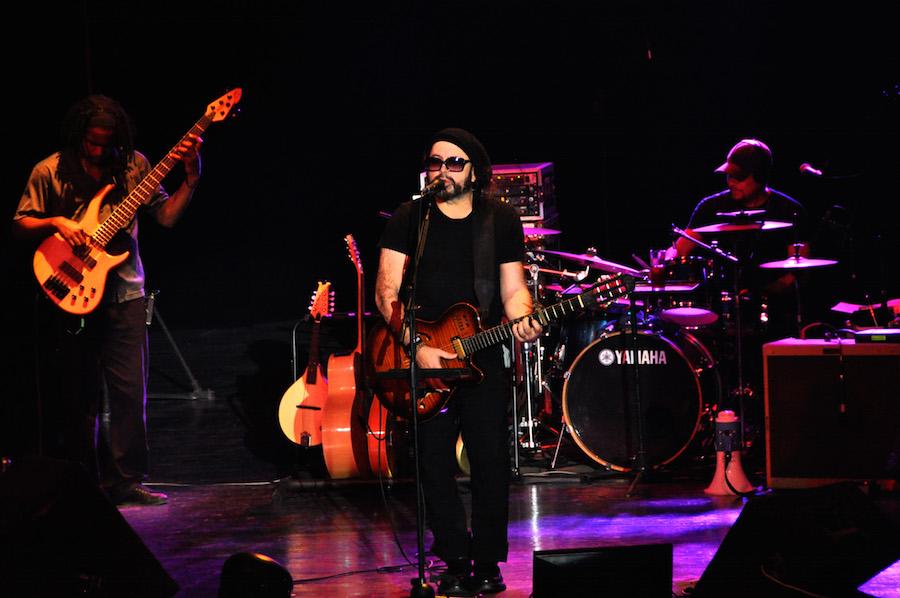 THE POET OF HAVANA Documentary on Cuban Singer Carlos Varela to Air on HBO Latino