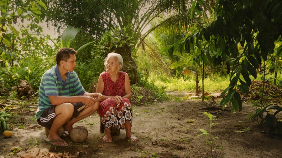 "Joshua Oppenheimer's ""The Look of Silence"" Wins IDA Best Documentary of 2015 Award"