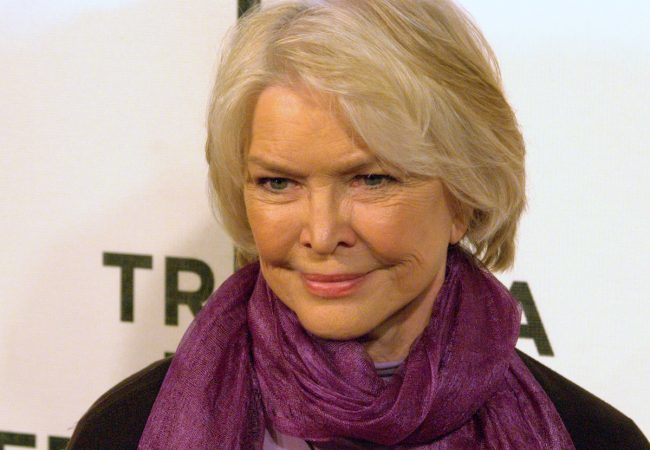 Actress Ellen Burstyn to Receive Award at Munich Film Festival