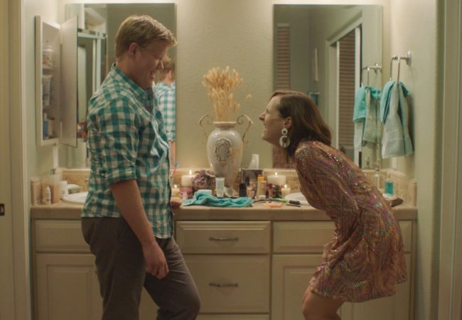 Trailer for SNL Writer Chris Kelly's OTHER PEOPLE Starring Molly Shannon