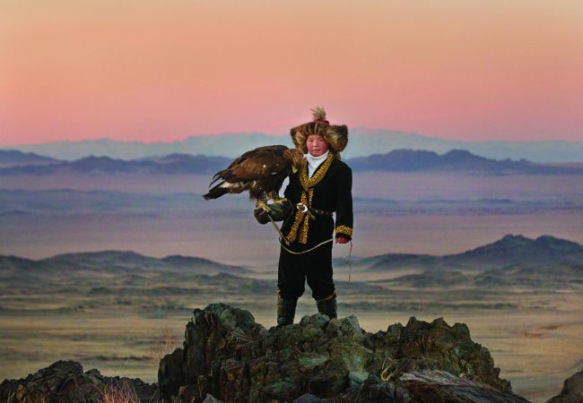 5 Documentary Films Nominated for 2016 DGA Awards- THE EAGLE HUNTRESS, WEINER and More
