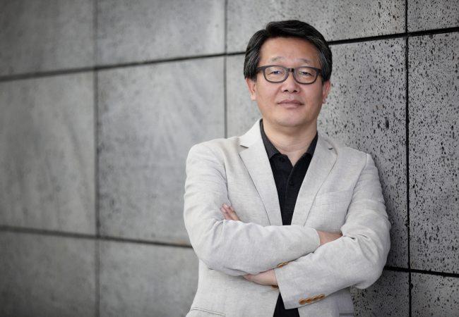 Busan International Film Festival Creates 'Kim Jiseok Award' to Honor Late Founding Member