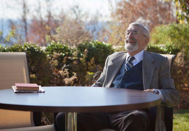 "RIP: ""Ed Wood"" Actor Martin Landau Dead at 89"