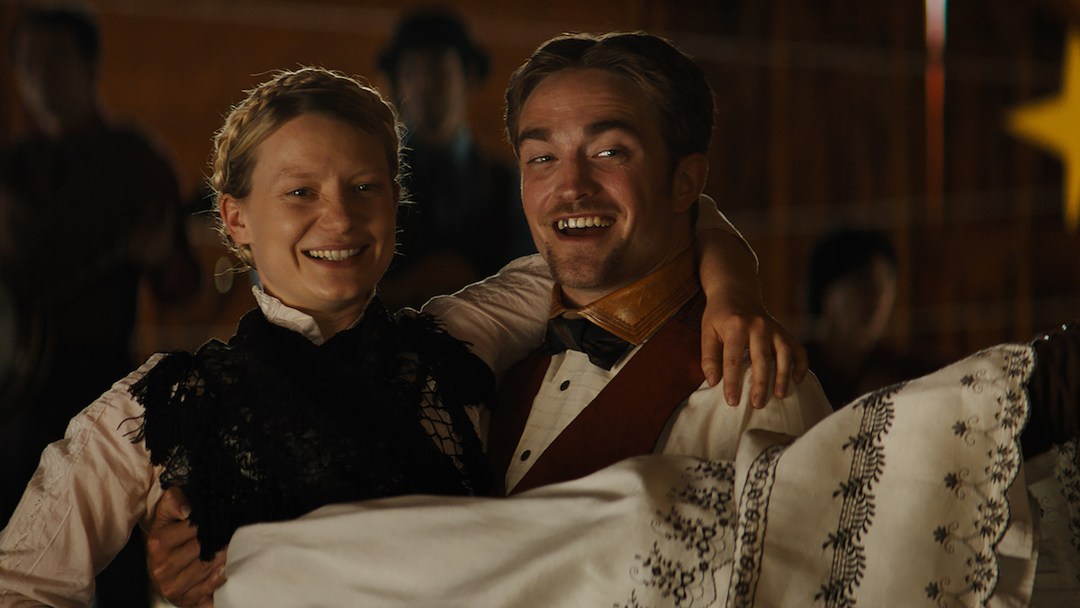 Mia Wasikowska, Robert Pattinson. Damsel. Regie/director: David Zellner, Nathan Zellner