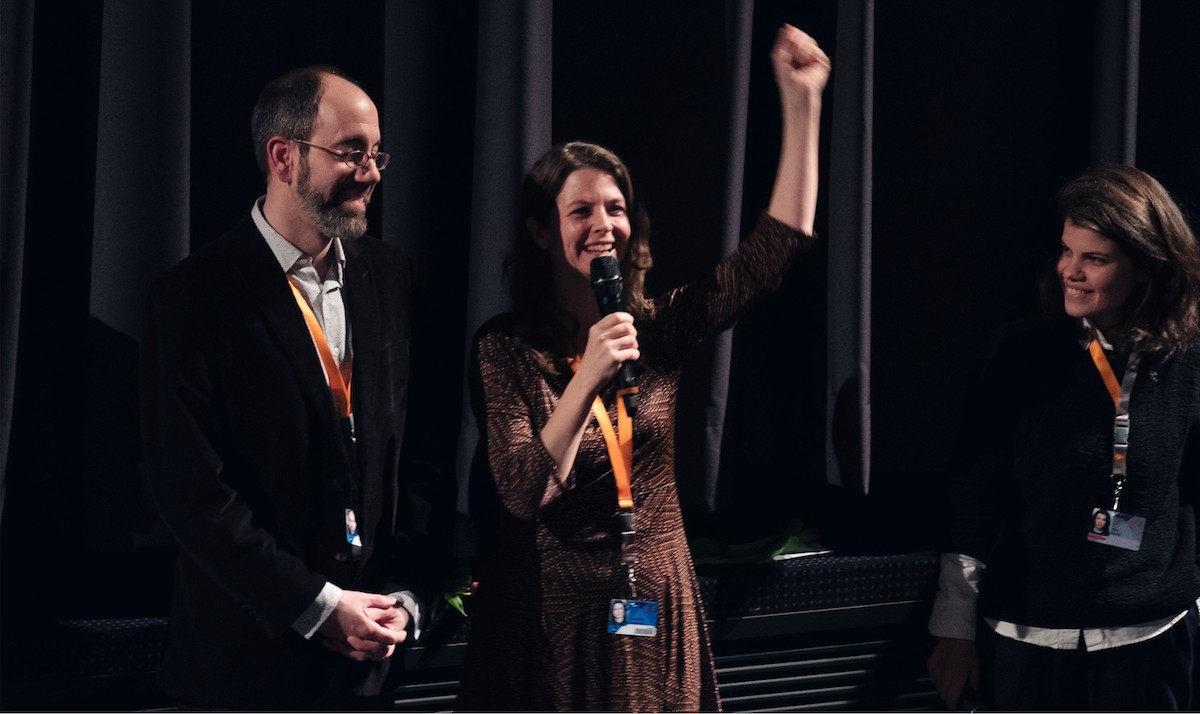 Robert Bahar, Almudena Carracedo with presenter Ana David Panorama Audience Award. Winner documentary The Silence of Others by Almudena Carracedo and Robert Bahar Robert Bahar and Almudena Carracedo with presenter Ana David