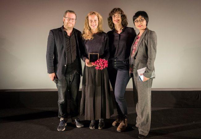 Kompass Perspektive Award Winner Veronika Kaserer and the jury from left to right Sol Bondy, Veronika Kaserer, Jules Herrmann, Sung-Hyung Cho.