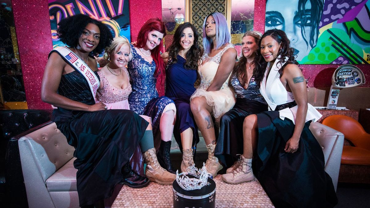 """Denyse Gordon, Joanne Makay, Hope Garcia, Rachel Engler, Jas Boothe, Nichole Alred and Andrea Waterbury - INDEPENDENT LENS """"Served Like a Girl"""""""