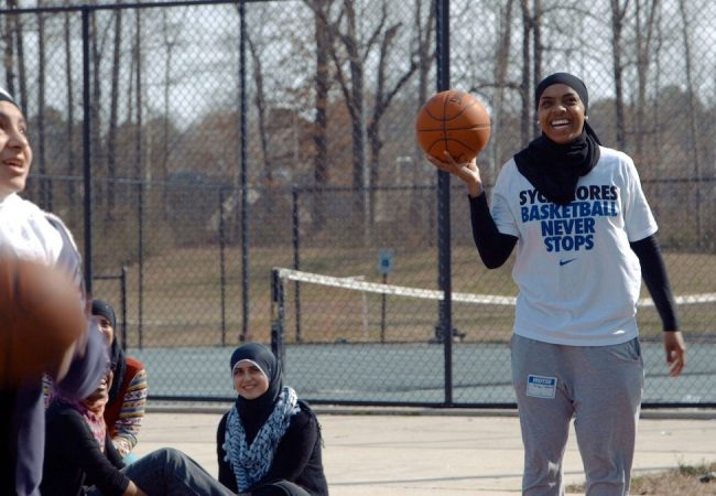 LIFE WITHOUT BASKETBALL, Documentary on Hijab-Wearing Basketball Player to Premiere at DOC NYC [Trailer]