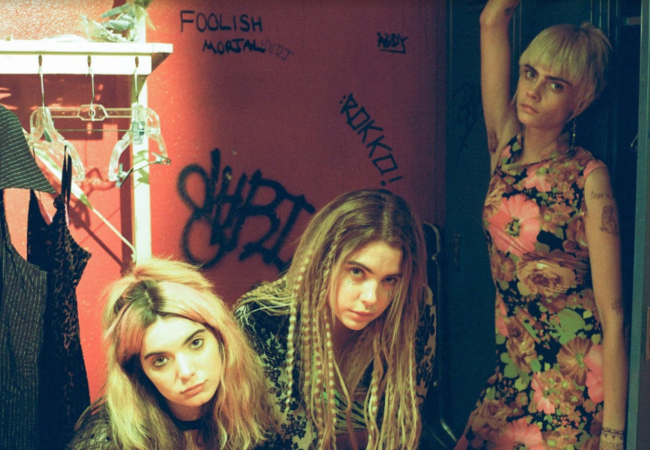 "HER SMELL Music Video -""Can't Wait"" Performed by The Akergirls (Cara Delevingne, Dylan Gelula, Ashley Benson)"