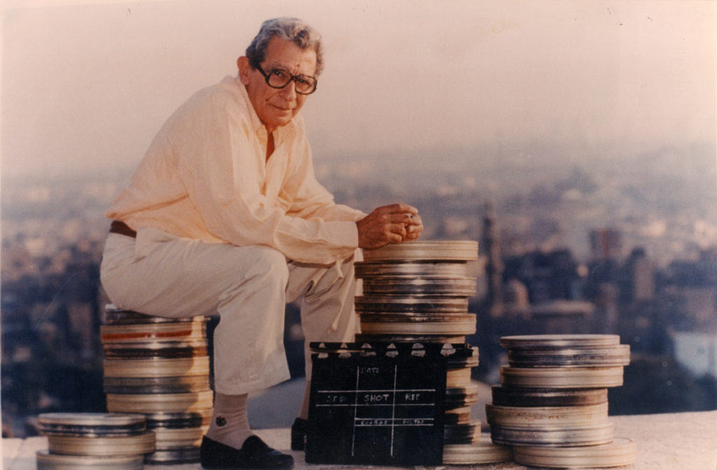 Youssef Chahine on the set of Destiny (1996)