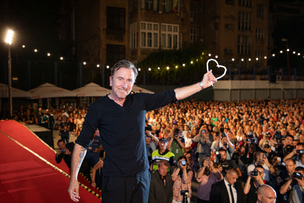 Tim Roth Receives Honorary Heart of Sarajevo Award at Sarajevo Film Festival