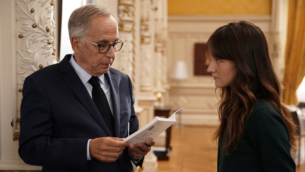 ALICE AND THE MAYOR [ALICE ET LE MAIRE]