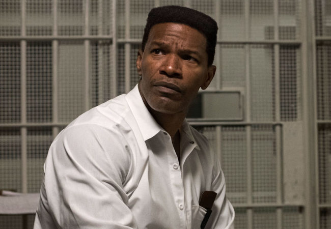 JAMIE FOXX as Walter McMillian in Warner Bros. Pictures' drama JUST MERCY, a Warner Bros. Pictures release. Copyright: © 2019 Warner Bros. Entertainment Inc. Photo Credit: JAKE GILES NETTER