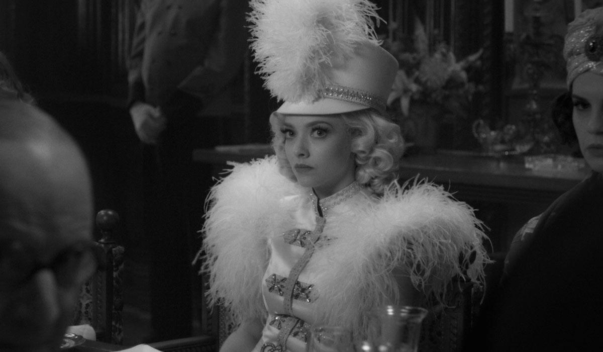"""Amanda Seyfried in """"Mank"""""""
