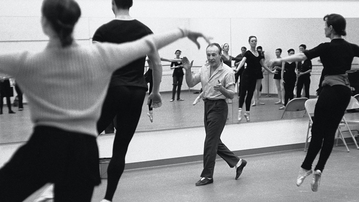 George Balanchine teaching at the New York State Theater in Lincoln Center (circa 1964). Photo: Martha Swope. As seen in In Balanchine's Classroom.