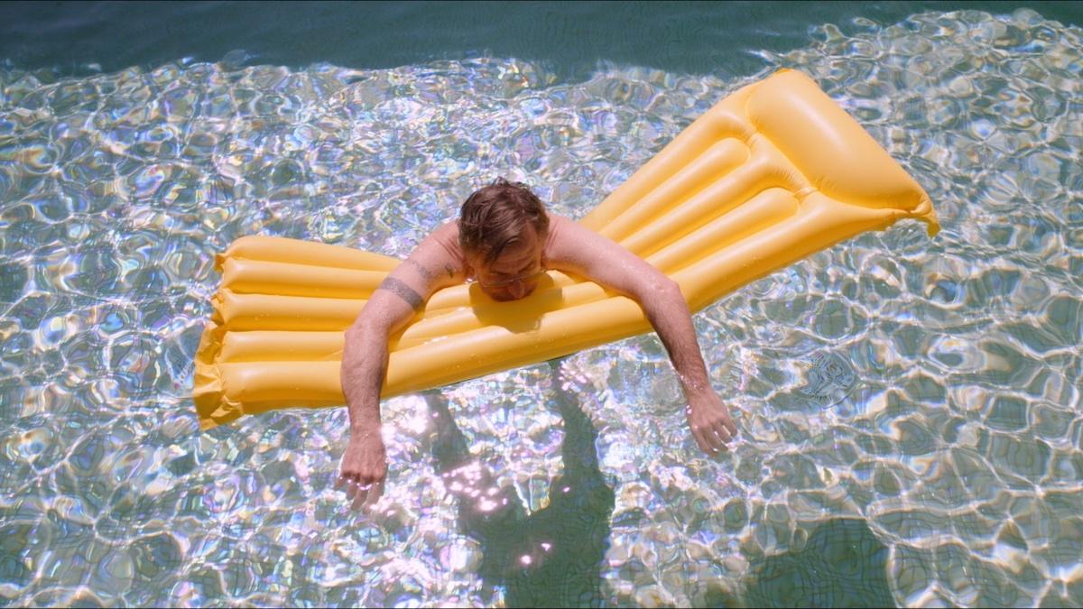 Sundown starring Tim Roth