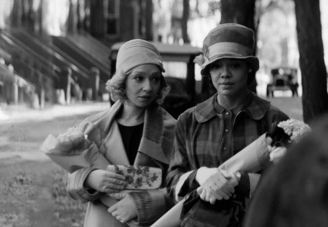 Ruth Negga and Tessa Thompson in Passing by Rebecca Hall. Photo by Edu Grau.