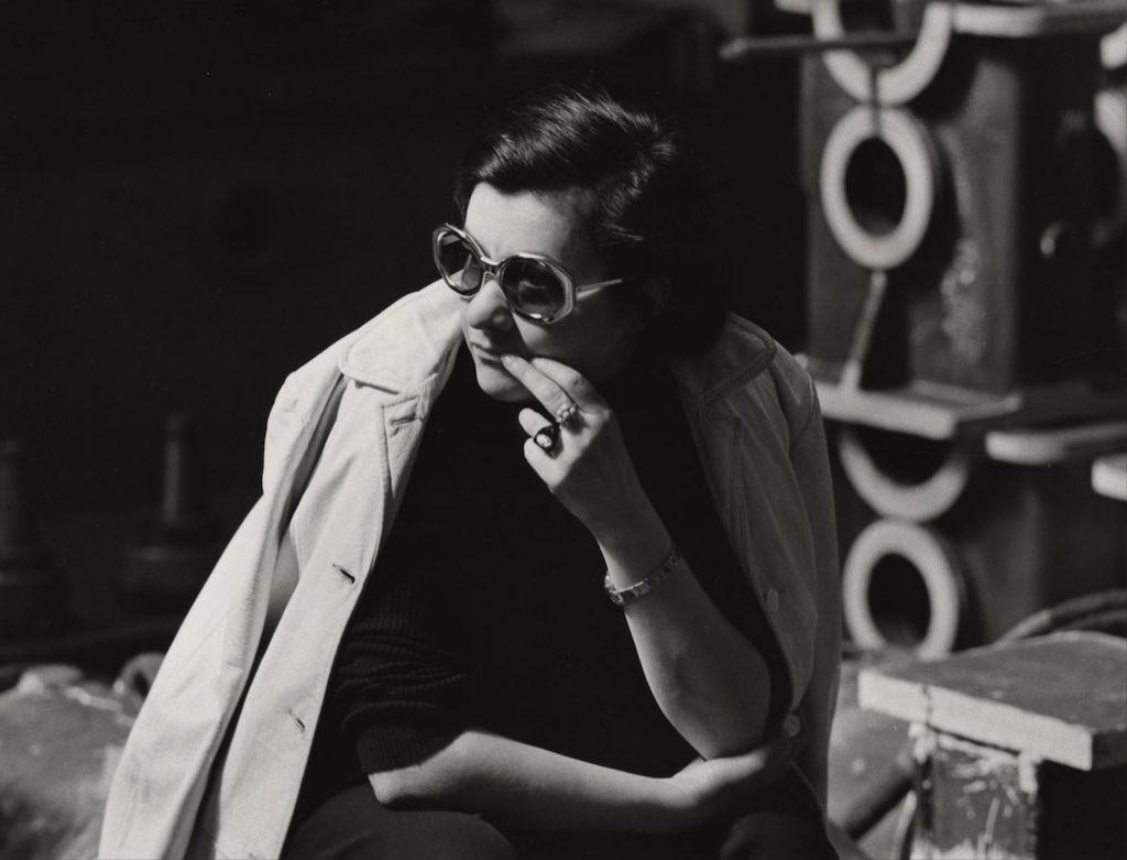 Márta Mészáros on the set of DON'T CRY, PRETTY GIRLS!